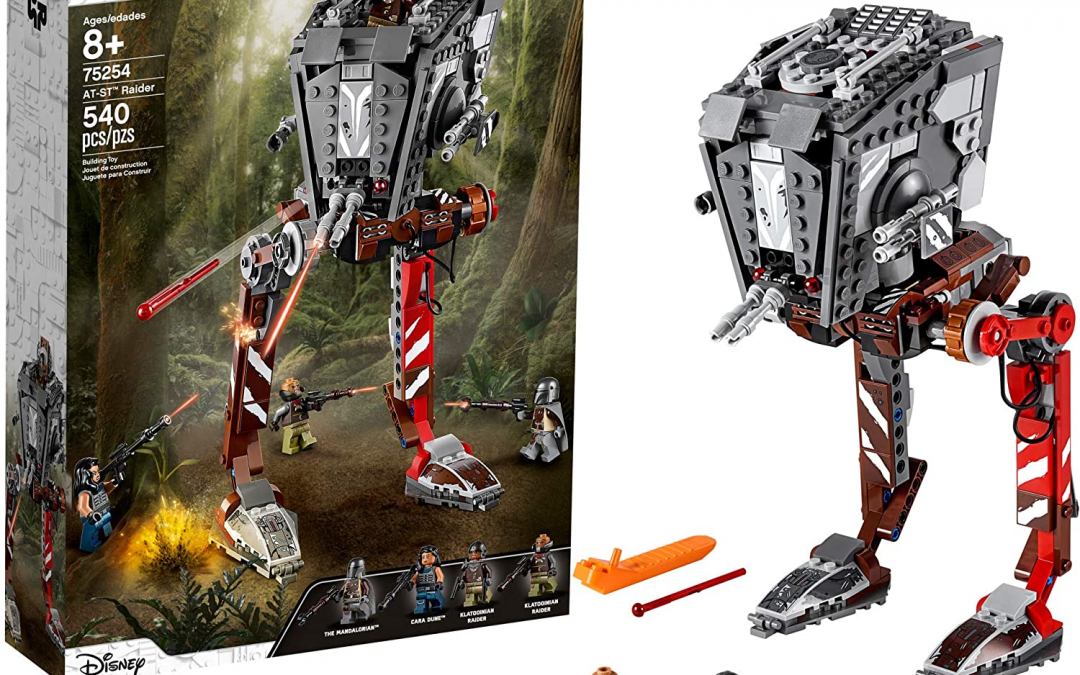 Collection Inspection: 4 Reasons to Love LEGO 75254 AT-ST Raider