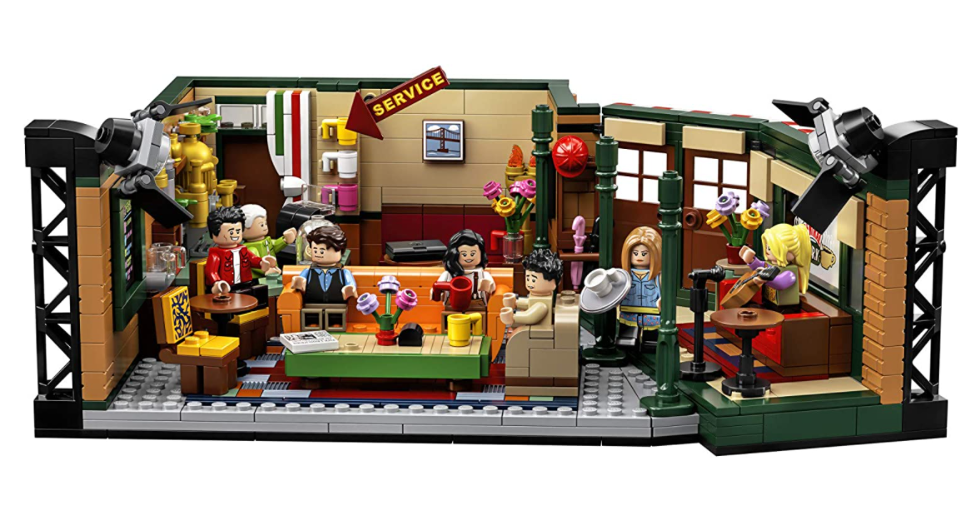 LEGO Friends Central Perk assembled set and minifigures